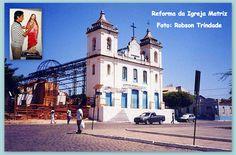 #IgrejaMatriz #Brumado #Bahia O artista brumadense Robson Trindade ( eu ) restaurando uma imagem de Cristo e a reforma da Igreja Matriz de Brumado no ano de 2000