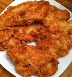 It's A Mom's World: Fried Chicken Breasts (yummy dinner recipes bread crumbs) Fried Chicken Breast, Fried Chicken Recipes, Chicken Breasts, Fried Chicken With Flour, Fried Chicken Boneless, Chicken Fried Chicken, Chicken Meals, Chicken Tenders, Shrimp Recipes