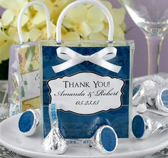 Hershey's Kisses Mini Gift Tote Favors from TheWeddingOutlet.com