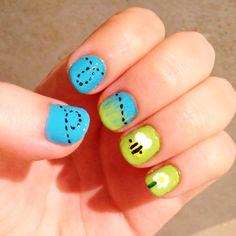 spring nails - bee art