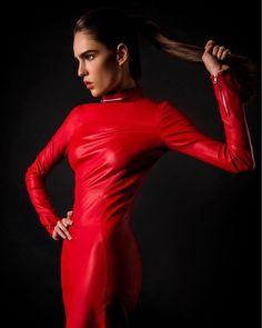 The skin we live in  Головний матеріал сезону - шкіра. В колекціях осінь-зима 2017/18 вона представлена як у вигляді вечірніх суконь так і вже звичних косух та легінсів. Гід по шкірі - на #VogueUA. @sanahuntstore #sanahuntstore #sanahuntluxuryconceptstore #leather #aphero @apherodesign #style #fashion via VOGUE UKRAINE MAGAZINE OFFICIAL INSTAGRAM - Fashion Campaigns  Haute Couture  Advertising  Editorial Photography  Magazine Cover Designs  Supermodels  Runway Models