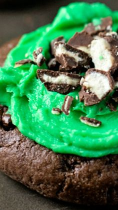 Fudgy Dark Chocolate Mint Cookies Recipe ~ An intensely fudgy brownie cookie that's smothered in light and fluffy mint frosting! Delicious and will have people RAVING!