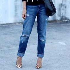 Zara classic boyfriend distressed jeans pre-owned classic distressed boyfriend jeans / fits true to size / in good condition / no trades Zara Jeans Boyfriend