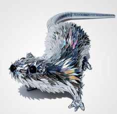 Animal Sculptures Made Of Shattered CDs | Bored Panda