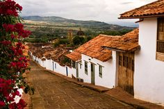 barichara-colombia-viajes-turismo Colombian Cities, Colombia Travel, Sail Away, Native Art, Amazing Destinations, Landscape Art, South America, Pergola, Beautiful Places