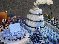 Decoração de Chá de Bebê Azul e Marrom