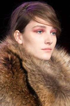 We round up the best Fall 2014 makeup trends, here.