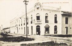 Calle de Próspero - Se aprecia la empresa L.P. Morey e Hijos. Iquitos [fotografía]