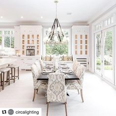 #Repost @circalighting with @repostapp We would  to see this home in person  ・・・ Last weekend to visit the 2016 #hamptondesignershowhouse presented by @traditionalhome! The kitchen designed by @bakesandkropp is a must-see. Westbury Double Tier Chandelier by Ralph Lauren. #hamptonsstyle #bakesandkropp #kitchen #thshowhousetour #circalighting #windowseat