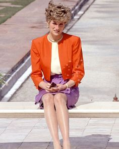 11 February 1992: Diana, Princess of Wales, poses in front of the Taj Mahal in Agra, India. She is wearing an outfit by Catherine Walker.