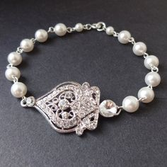 Victorian Style Chandelier Bridal Earrings Vintage door luxedeluxe