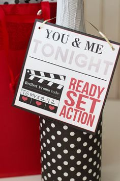 Valentine's Day Date for you and your special one! Come get the free printable and gift contents! From overthebigmoon.com #valentinesday #giftidea #valentinesdaygift #datenight #homedate