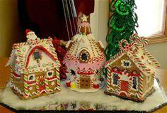 KURT ADLER CHRISTMAS GINGERBREAD HOUSE HOUSES CANDY CANE MINTS LED LIGHTED SET 3