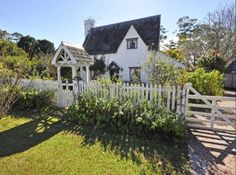 Fairytale Cottage Like Rosehill Cottage In Movie, The Holiday