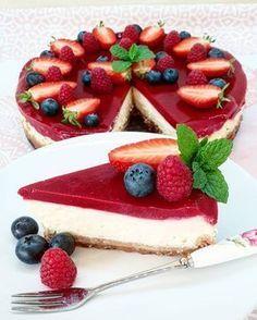 Cheesecake Cupcakes, Cheesecake Brownies, Cheesecake Recipes, Easy Desserts, Delicious Desserts, Kolaci I Torte, Mini Cheesecakes, Sweet Cakes, Desert Recipes
