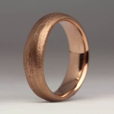 Chunky, handmade sand cast ring in rose gold. This ring is made by casting recycled gold in a small sand mould. Sand Casting, Delft, Contemporary Jewellery, Red Gold, Rings For Men, It Cast, Silver Rings, Wedding Rings, Clay