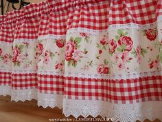 New Sewing Projects Curtains Fun Ideas Vintage Kitchen Curtains, Kitchen Curtains And Valances, Gingham Curtains, Cute Curtains, No Sew Curtains, Shabby Chic Kitchen, Window Valances, Rideaux Design, Curtain Designs