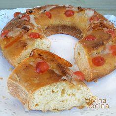 Este Roscón de Reyes fácil no lleva masa madre y es muy fácil de preparar. El resultado es estupendo, esponjoso y un sabor delicioso.