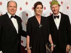 Prince Albert of Monaco, Princess Caroline of Hanover, Pierre Casiraghi and Beatrice Borromeo attended the Surrealist Dinner Party at Monte-Carlo Casino on April 28 in Monaco. The dress worn by Beatrice Borromeo is an old dress of her mother-in-law Princess Caroline. That dress was on Princess Caroline at Red Cross Gala in 2007