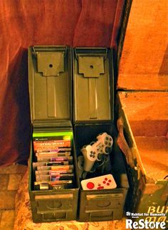 Ammo cans repurposed into video game & controller storage! Ammo cans repurposed into video game & controller storage! Boys Game Room, Boy Room, Kids Room, Army Bedroom, Military Bedroom, Video Game Storage, Deco Gamer, Video Game Rooms, Video Games