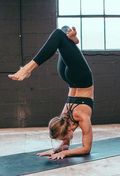 Super cute yoga pants that are really comfy! LuluLemon align yoga pants.