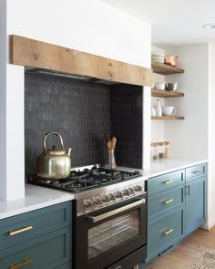 A favorite element - a chimney style range hood- from the newest episode today! @laurenliess worked with @wareclay to handmake these custom…