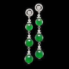 翡翠珠寶精品 – 玉世家 Jade Jewelry, Gems Jewelry, High Jewelry, Gemstone Jewelry, Jewelry Gifts, Diamond Jewelry, Jewelery, Emerald Earrings, Art Deco Earrings