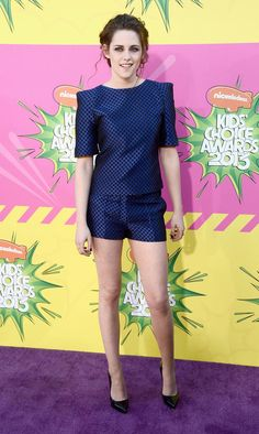 Kristen Stewart's Feet, Ke$ha's Hat, and Other Highlights From the Kids' Choice Awards Red Carpet - The Cut