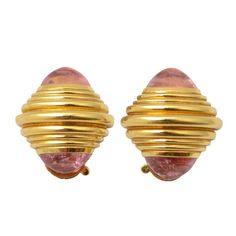 1stdibs.com | BOUCHERON Pink Sapphire Earrings