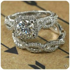 I love this Verragio ring.  It's just perfect and beautiful!!!