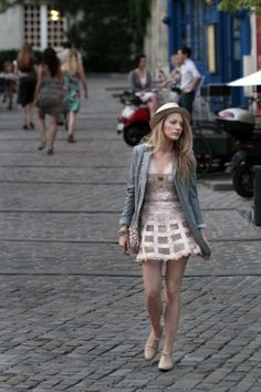 Hey, S, remember when they used to give you cute clothes like this? What happened? #gossipgirl