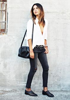 15+Charming+Outfit+Ideas+for+a+Casual+First+Date+via+@WhoWhatWear