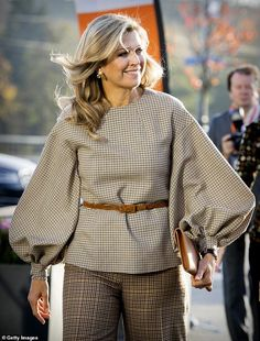 Queen Maxima of The Netherlands attends the launch of the debt lab NL in on November 2018 in The Hague, Netherlands. The debt lab is an partnership between public and private parties and aims to. Get premium, high resolution news photos at Getty Images Queen Maxima, Royal Fashion, African Dress, Fashion 2020, A Boutique, Elegant Dresses, African Fashion, Blouse Designs, Fashion Dresses