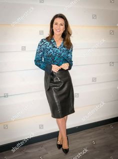 Office Fashion, All Fashion, Skirt Fashion, Cute Dress Outfits, Pencil Skirt Outfits, Black Leather Skirts, Leather Dresses, Leather Outfits, Leather Heels