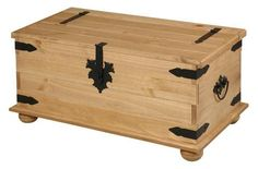 New Solid Corona Mexican Pine single trunk coffee table / blanket box Only £99