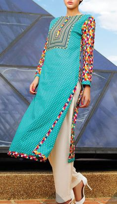 Sky-Blue Embroidered Cotton Lawn Kurti by Al Karam Lawn 2015 Collection. How beautiful is this? Indian Attire, Indian Wear, Pakistani Outfits, Indian Outfits, Kurta Designs, Blouse Designs, Moda India, Casual Wear, Casual Dresses
