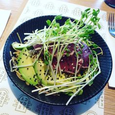 Had this absolutely delicious tuna tataki soba noodles at #legacy and it was #divine @legacycamberwell @wellwellmiguel  #satnexttoacoeliac #haha  #musttryit #topnotch #tuna #tataki #sobanoodles #cafeswithamazingfood #definitelycomingback #avo  #greatstaff #melbourne #cafe #camberwall by kradsanaoh