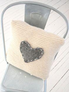 "Foto ""pinnata"" dalla nostra lettrice NestYle Knitted cushion"