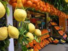 Citrus Market in Pompeii, Italy My love of citrus shows my Italian side.
