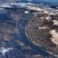 Budapest City, Budapest Hungary, Beautiful Places To Travel, Most Beautiful Cities, Down The River, Homeland, Castles, Egypt, City Photo