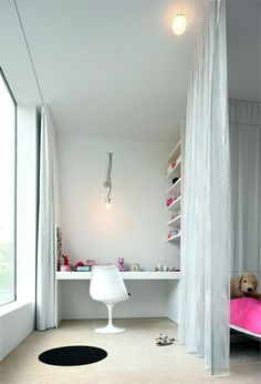 Jugendzimmer gestalten – 100 faszinierende Ideen - jugendzimmer gestalten weiße möbel gardine als trennwand