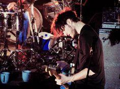 Josh Klinghoffer pictures - luz vermelha no cabelo
