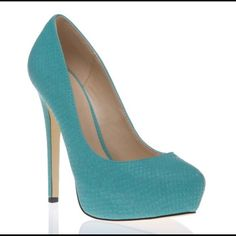 Size 7 Shoedazzle Turquoise Stiletto Sandia Style -THESE ARE A 7.5. I am a true 7 in US sizes. I had to get a 7.5 in these because they run a little small. They fit like a 7!!  -BRAND NEW, NEVER BEEN WORN. The slight marking on the bottom are from trying them on when I first recieved them.  -Beautiful shoe and very comfortable.   -Has a snake skin pattern.  -Heel height is 5.5 inches/1.5 inch platform.   -Please contact me for any further questions or additional pictures. Please provide an…