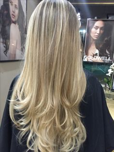 Golden Platinum Blonde Balayage #fashion #style #hair #hairstyle #color #blonde #noemi #balayage #love