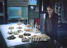 Elizabeth Henstridge inviting Iain De Caestecker for Tea Time. This is adorable! Shield Cast, Elizabeth Henstridge, Melinda May, Ming Na Wen, Iain De Caestecker, Fitz And Simmons, Marvel Show, Marvels Agents Of Shield, Agent Carter