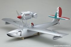 kyosho-macchi-m33-idrovolante-1