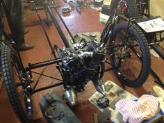 Early frame with side-valve engine (note the main rail tubes used as exhaust pipes)