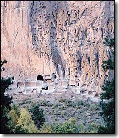 Information about Bandelier National Monument near White Rock, New Mexico New Mexico Style, New Mexico Usa, New Mexico Santa Fe, Colorado Plateau, Desert Landscape, Land Of Enchantment, Southwest Style, Mexico Travel, Caves