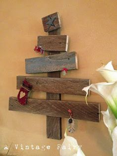 pallet christmas decorations - Google Search