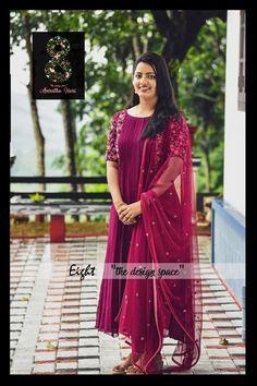 Designer Party Wear Dresses, Kurti Designs Party Wear, Lehenga Designs, Indian Gowns Dresses, Indian Fashion Dresses, Anarkali Dress, Black Anarkali, Khadi Kurti, Churidar